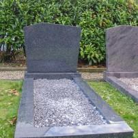 Enkel monument B1