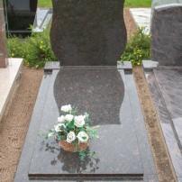 Enkel monument E11