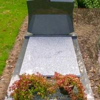 Enkel monument E13