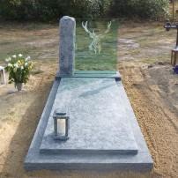Enkel monument E137